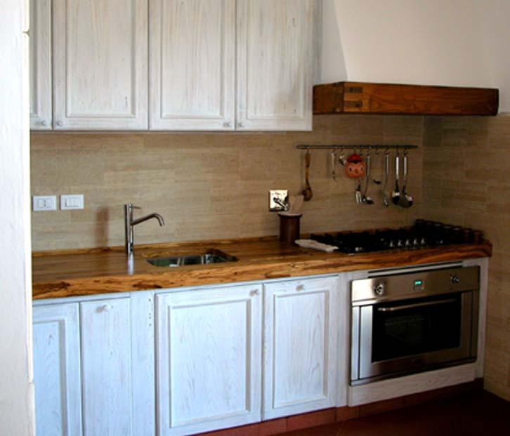 Cucina anticata - Falegnameria Scala